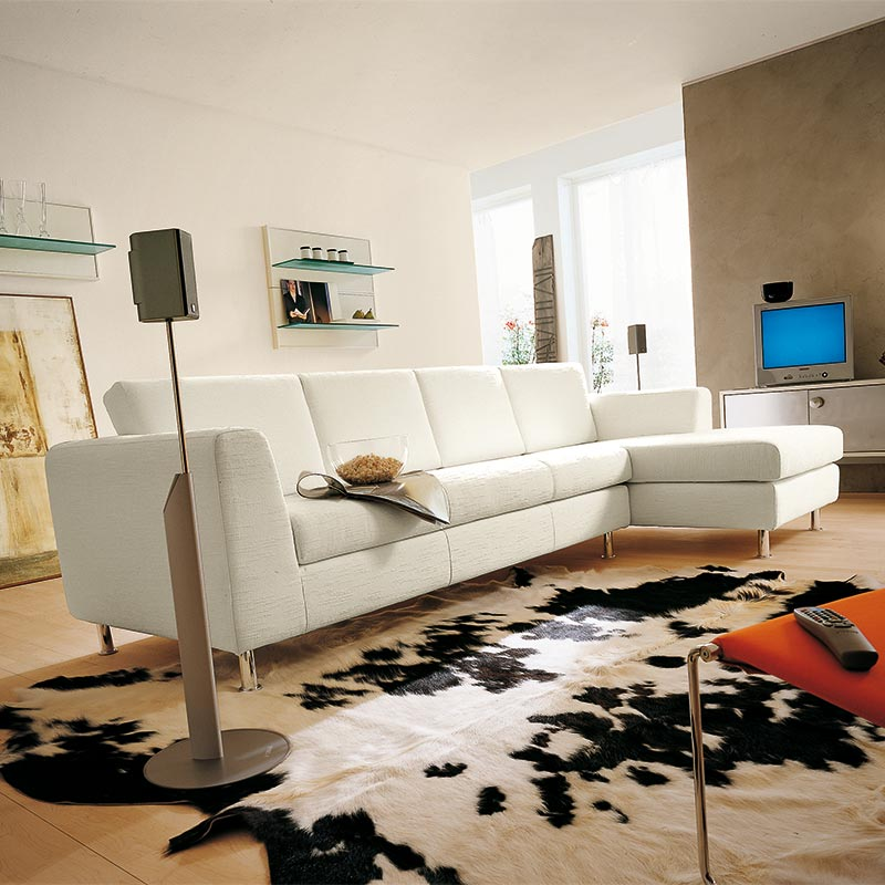 divano con seduta intera, leather sofa